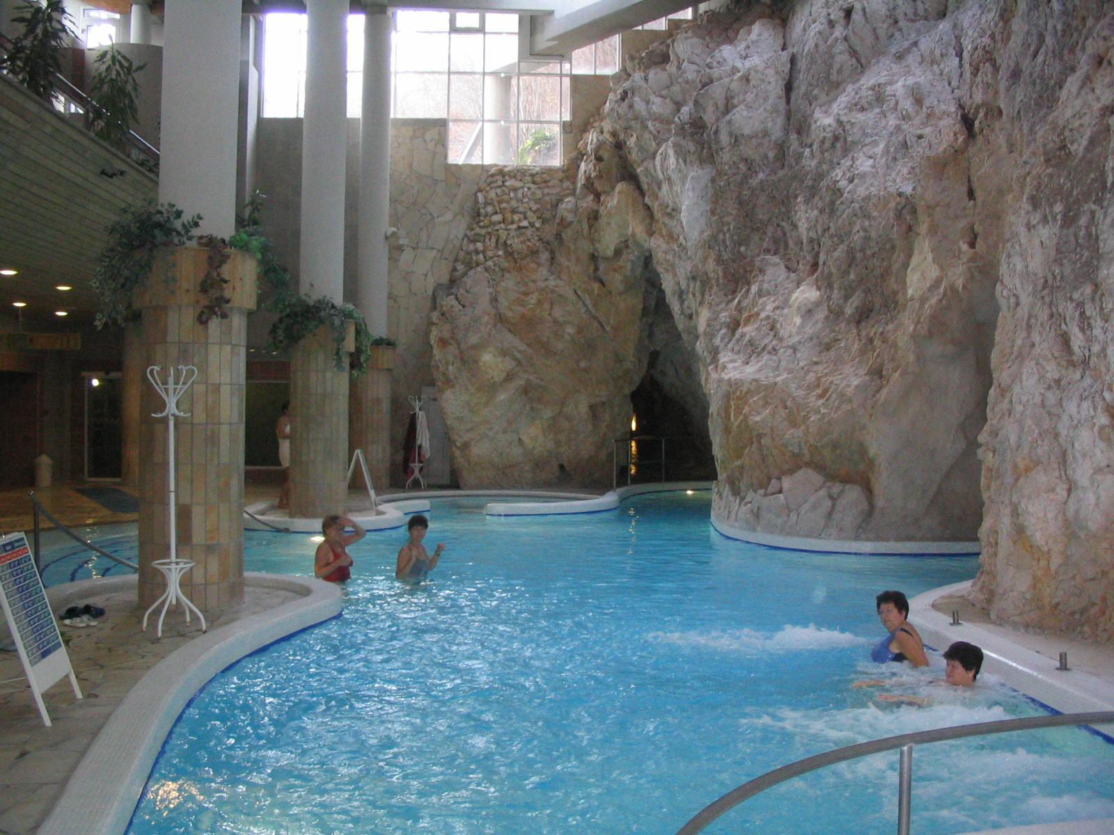 Miskolci Barlangfürdő