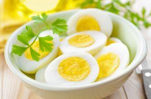 Főtt tojás